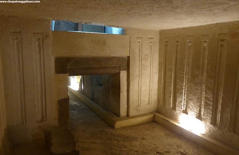 inside-Menkaures-Pyramid.jpg